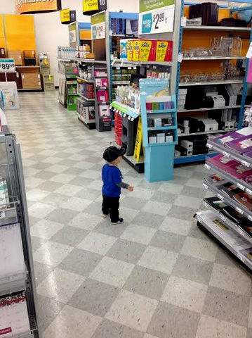 April262014_ShoppingwithDaddy