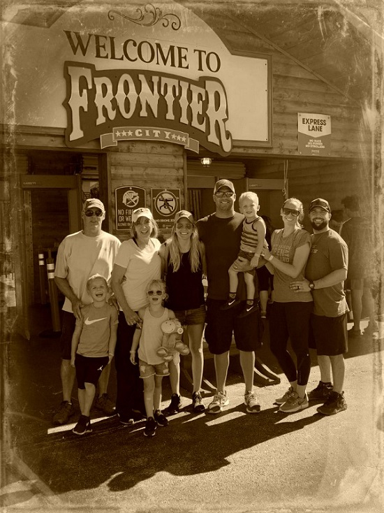 cfc08072f The Roethlisberger Family on the Wild Frontier!